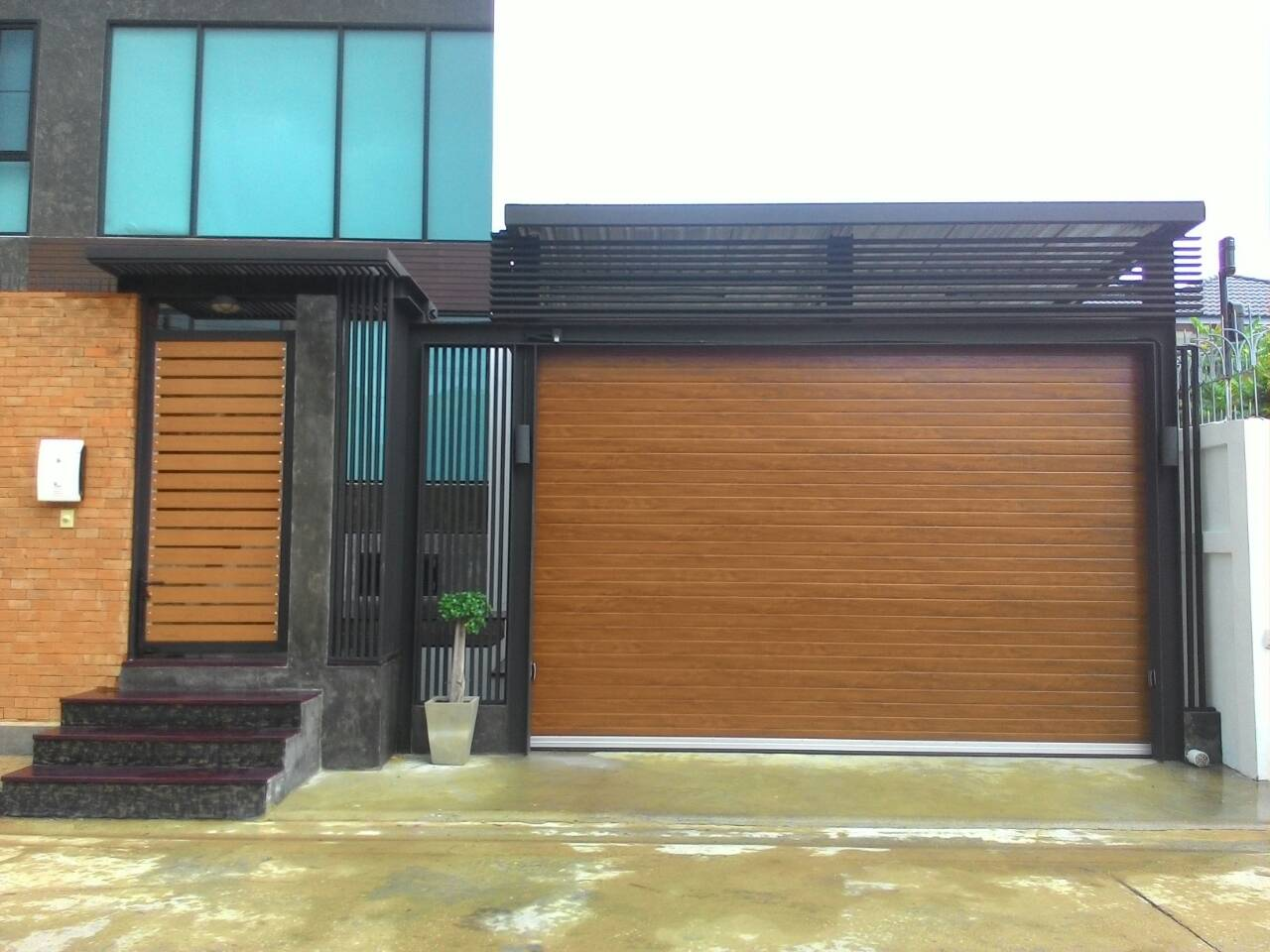 Reference Garage Doors